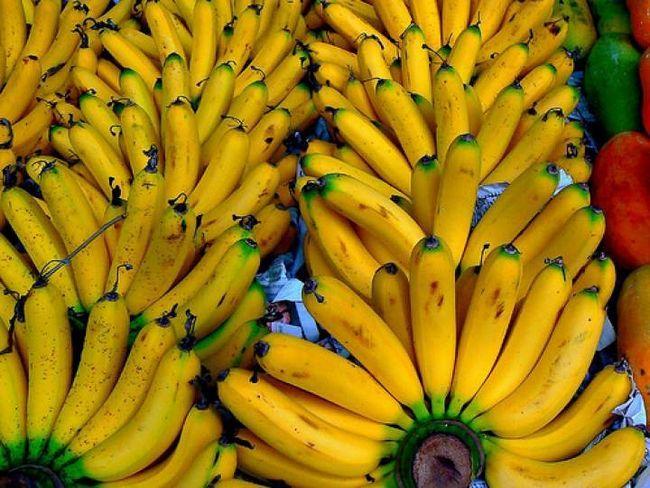 Чи можна банани при гастриті?