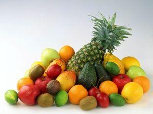 Додавайте в раціон дитини фрукти і овочі