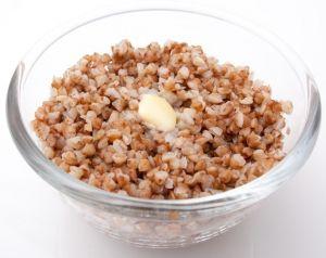 Додавайте в раціон дитини хліб, каші, рис і макарони