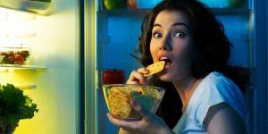 Як впоратися з нічним голодом