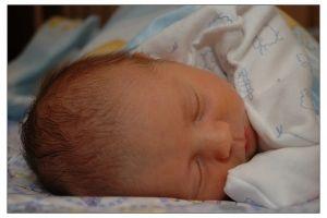 Як виглядає новонароджена дитина