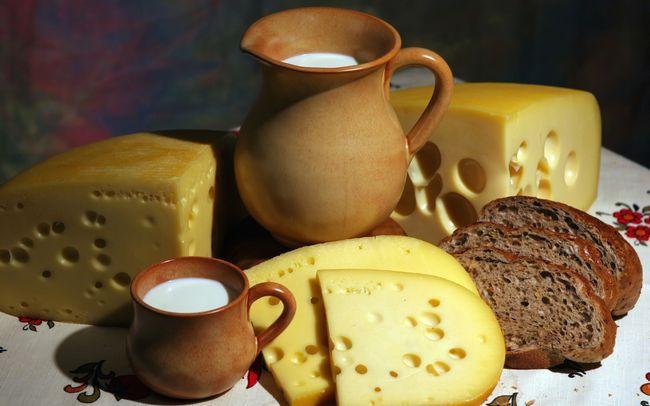 Чи можна сир при панкреатиті?