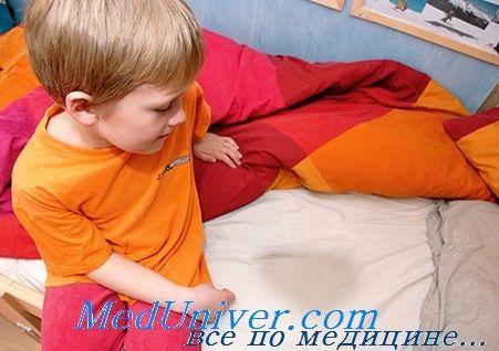 Нічний енурез у дітей. Причини