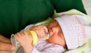 Пристосування для годування новонароджених дітей