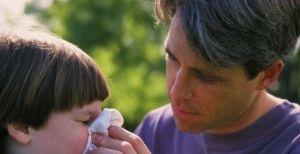 Застуда у дитини, симптоми, причини, лікування, що робити якщо дитина застудилася