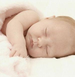 Сон дитини і годування на вимогу