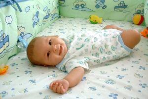 Сон дитини від 3 місяців до року