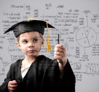 Центри раннього розвитку. А чи потрібні вони дитині? Як вибрати хороший дитячий центр раннього розвитку дитини?