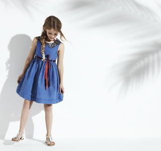 Дитяча мода для дівчаток 2012. Напрями дитячої моди сезону 2013 року. Дитяча мода провідних брендів світу