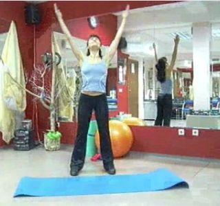 Гімнастика для вагітних перший триместр відео. Перед тим як приступити до занять, обов`язково проконсультуйтеся з лікарем.