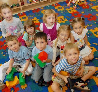 Йдемо в дитячий сад! Як полегшити адаптацію.самое головне - позитивний настрій на дитячий сад.
