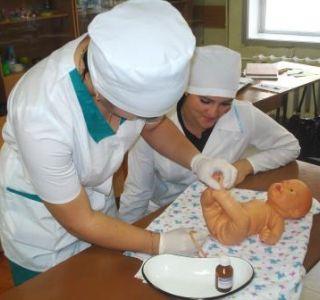 Використання газовідвідної трубочки для немовлят не дуже популярний спосіб серед батьків, але він не менш ефективний, ніж інші.