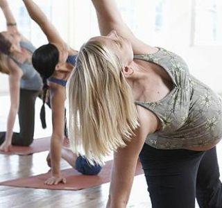 Отже, ви прожили із задоволенням свої 13 тижнів і вступили в наступний період - 2 триместр (14-27 тижнів) .Крім занять гімнастикою вам необхідно робити дихальні вправи.