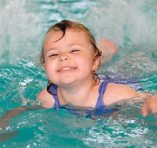 Ефективне загартовування дитини 2 лет.укрепляем здоров`я дітей.