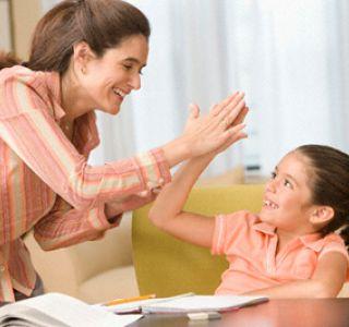 Як хвалити хлопчиків і дівчаток? По різному! Реакція батьків на поведінку дитини і як нас чують діти.