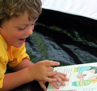 Як навчити швидко читати дитини? Як навчити дитину читати? Правила як навчити дитину читати по складах?