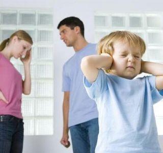 Як правильно карати малюка за провину? Чому не можна бити дитину?
