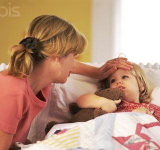 Як збити температуру у дитини 3 років. Збиваємо температуру у дитини. Чи можна збивати температуру у дитини?