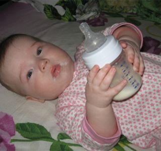 Вибираємо адаптовану молочну суміш?