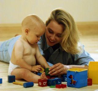 Навіщо потрібні розвиваючі ігри? Як допомагають іграшки розвиватися малюкові? Як ігри впливають на розвиток дітей?