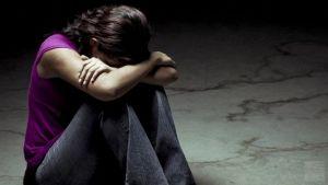 Суїцидальна поведінка у дітей і підлітків: профілактика, лікування, симптоми, причини