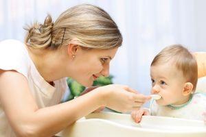 Вироблення достатньої кількості молока при грудному вигодовуванні