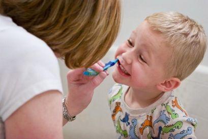 Зубний біль у дітей, як знеболити?